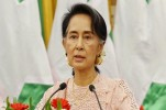 Myanmar's Aung San Suu Kyi to Skip UN Meeting after Rohingya Muslims Crisis Erupts